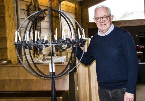 Rundet 70: Alf Petter Hammersmark fylte 70 år i går, men jobber fortsatt i40 prosent som pastor i Stavern frikirke. Forkynnelsen og samværet med mennesker er viktig for ham.foto: roger W. Sørdahl