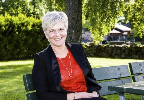 Siste dag: Lardals Rådmann Mette Hvål har sin siste arbeidsdag i Lardal i morgen. Nå venter en ny jobb i Bufetat i Kongsberg og Oslo fra       7. august.foto: roger w. sørdahl