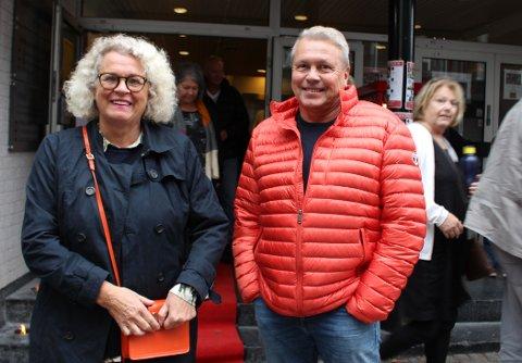 – Kjempemoro at det er starta kino i Langesund igjen, sier hege Braathen og Rune Tveita som så filmen CLUE - Maltesergåten.