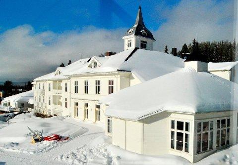 SA OPP KONTRAKTEN: Ringsaker og Lillehammer kommuner har sagt opp avtalen om sengeplasser til koronapasienter på Montebellosenteret.