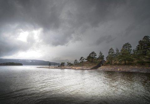 Frp vil antakelig be regjeringen finne et annet sted til minnesmerket enn Sørbråten.