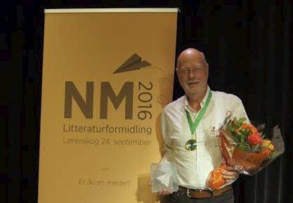 Overrasket: Blant 13 deltakere i NM for litteraturformidling klarte Bjørn Erik Nyberg fra Jessheim å sikre seg en bronseplass. Foto: Lørenskog bibliotek