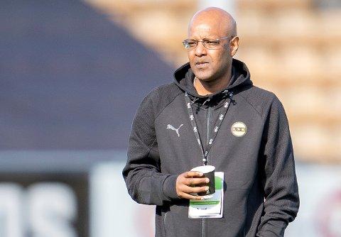 SALG UTENLANDS: Sportssjef Simon Mesfin i LSK sier at klubben ikke har noe ønske om å selge de beste spillerne til andre norske klubber.