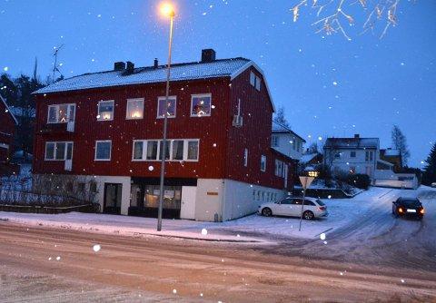 Varmestua på Nordsia mottar hvert år mye penger fra frivillige. Konserten i Steinkjer kirke har vært den største inntektskilden, men den er foreløpig utsatt på grunn av koronapandemien.