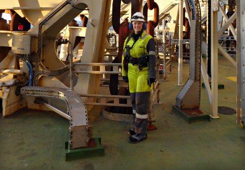 Ingunn Ormset (19) kjempetrives som lærling om bord i Åsgard B i Norskehavet.