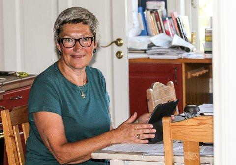 Bente Bjerknes ville ha svar fra ordføreren på hva som er gjort, og hvordan kommunen kan bidra til at alle innbyggere får nødvendig stabilt nett.