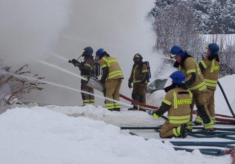 BRANN: Når brannvesenet rykker ut til boligbranner, er det ofte fordi noen har glemt noe på kjøkkenet. (Illustrasjonsfoto).
