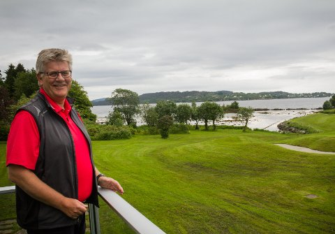 POSITIV: Rune Mjøs, dagleg leiar i Meland Golfklubb, er positiv til framtida og trur at utbygginga vert ein realitet. Men avgjerda vert ikkje teken før i oktober.BEGGE FOTO: Linn Merete Rognø