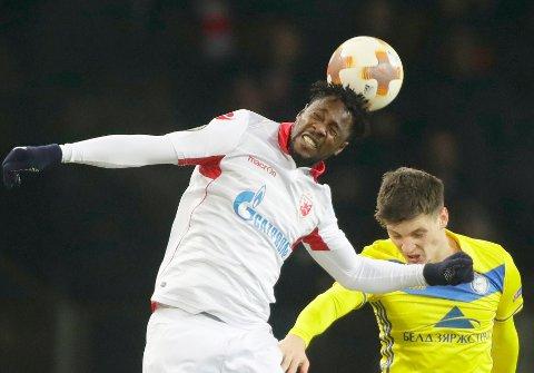 Røde Stjerne og Richmond Boakye (t.v.) har motivasjonen og hjemmebanefordelen før torsdagens avgjørende kamp mot FC Köln.