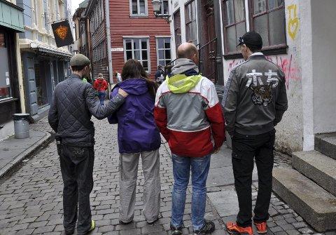 Byrådet er opptatt av å skape en varm og inkluderende by, hvor det er rom for alle, skriver Erlend Horn (V). Rusavhengige i Hollendergaten (bildet) sier til BA at de ikke har andre steder å gå.