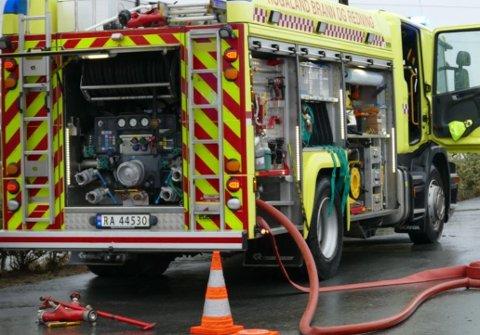 Rennesøy brannstasjon rykket ut til mulig pipebrann på Vestre Åmøy.