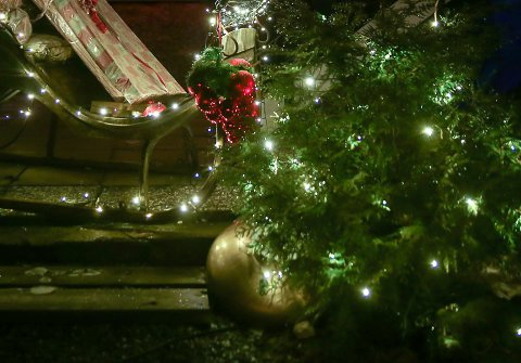 KAN KLAGE: Naboer har rett til å klage på julelys, men det skal mye til å få medhold.