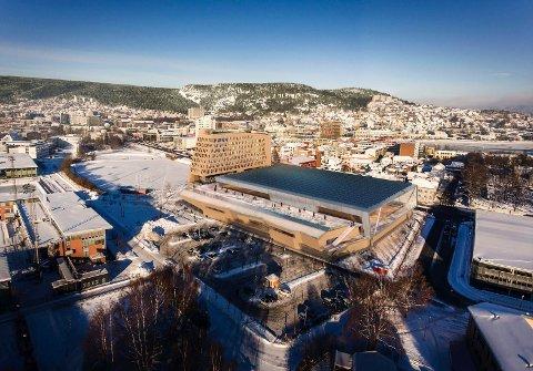 STORT MANGFOLD PÅ NESTEN SAMME AREAL. Slik ser arkitektfirmaet Halvorsen og Reine for seg hvordan Drammen Arena kan se ut, i fotavtrykket av eksisterende Drammenshallen.