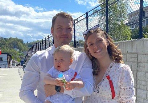 FLYTTAR: Ørjan Knudsen (31) skal i haust starte på informasjonsteknologi-studiet ved HVL. Då tek han med seg familien og flyttar frå Askøy til Førde.