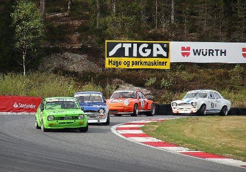 HISTORISK SUS: Ford Røhneselmer Asfalt Classic vil ha fokus på de eldste racerbilene og det er over 60 påmeldte historiske racerbiler. I tillegg kommer det nesten 100 biler fra Sverige og Danmark på besøk.