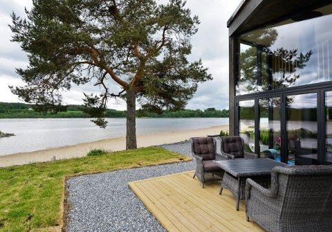 Etterspørselen etter strandhyttene ved Glomma har vært så stor at utbygger tror de vil ha solgt alle de 93 hyttene i prosjektet i løpet av året.