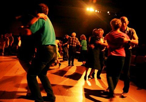Fleire lokale nådde finalen i pardans på landsfestivalen i gammaldansmusikk på Oppdal