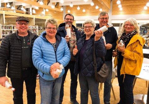 GIKK TIL TOPPS: Fort og gæli vant quizen i april. Fra venstre: Knut Raknerud, Hanne Jorunn Raknerud, Arild Følstad, Elisabeth Følstad, Mons Hvattum og Birgitta Smedsrud.