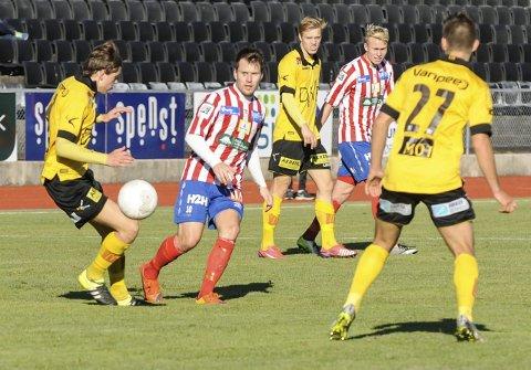 BLIR ALLIKEVEL? Mathias Engebretsen og Ole Strømsborg har vært fristet av andre klubber, men nå tyder mye på at de kan bli å se på Rødsjordet også neste sesong.