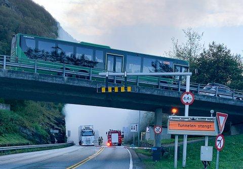 DRAMA: Mastrafjordtunnelen i formiddag.
