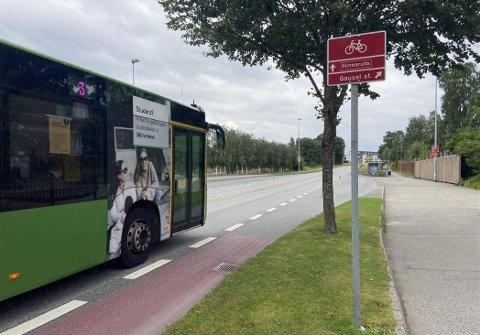JOBB: Risa AS har fått oppdraget med å bygge bussvei mellom Gausel stasjon og Nådlandsbråtet.