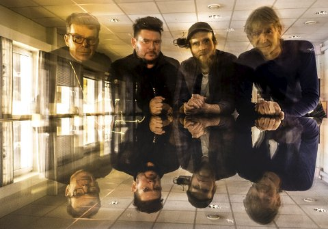 PÅ VEG HIT: Laurdag speler «Gymnos» på Husnes Jazzklubb sitt arrangement i Kulturhuset Husnes. Frå venstre: Bjarne Øymyr (piano), Alex Grieg (kontrabass), Nils Are Drønen (trommer) og Torbjørn Skjold (sax).pressefoto.