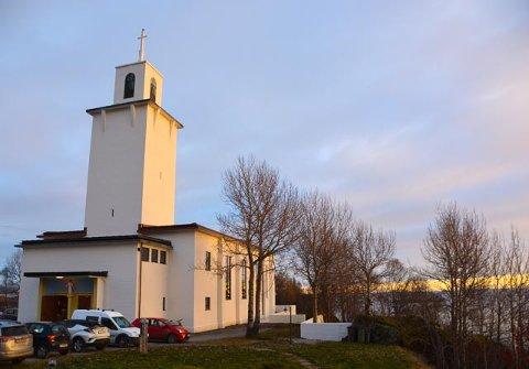 Stamsund kirke etter renoveringen 19. november 2017.