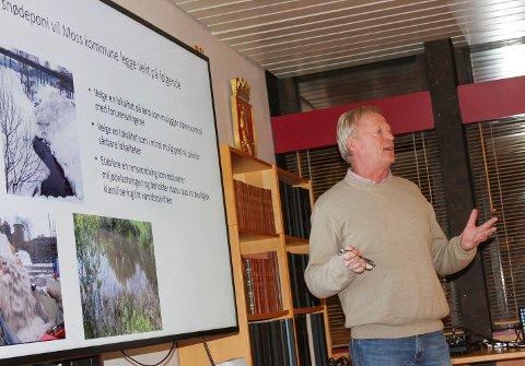 Klare regler: Miljøvernsjef Knut Bjørndalen orienterte om kravene til et snødeponi på land.
