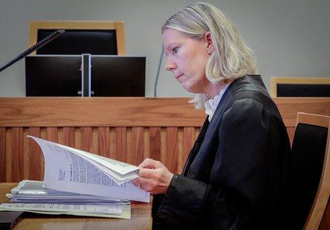 FORSVARER: Advokat Sille M. Heidar har vært mannens forsvarer helt fra han ble pågrepet etter drapet på Balaklava. I går hørte hun sin klient komme med en svært detaljert forklaring om hva som skal ha skjedd.