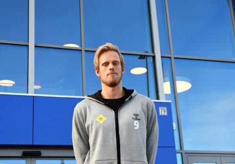 HJEMMEBANE: Emil Midtbø Sundal ser frem til å spille i nye Nordstrand Arena.