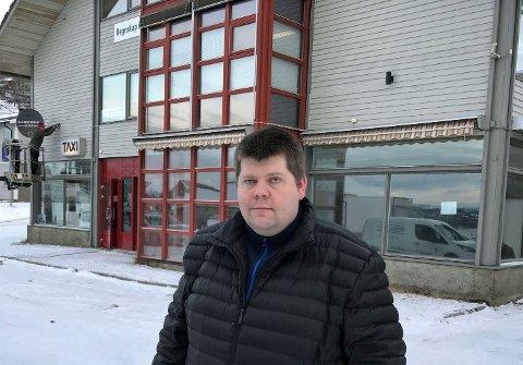 INVESTERER: Redaktør og gründer Jon Henrik Larsen i Salangen-Nyheter er nå også blitt eiendomsinvestor.