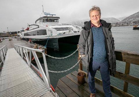 Fylkesordføreren i Troms og Finnmark, Ivar B. Prestbakmo, ber regjeringen vokte seg så de ikke setter viktig tillit på spill.