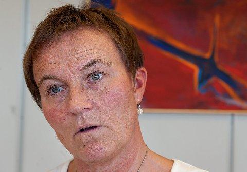 VEIES: Helsesøstrene i Gjøvik veier barna tre ganger i løpet av de 10 årene de går i grunnskolen, opplyser Anita Wisth.