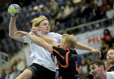 GÅR GRADENE: Magnus Fredriksen har gått fra 1. divisjon, til å rykke opp til eliteserien - før han gikk til toppklubben Elverum. Og her har han tenkt å bli en stund.Foto: Anita Høiby Gotehus