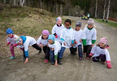 SUKSESS: Celstafetten går inn i sitt femte år. Lørdag den 25. mai skal det igjen løpes i Klokkerhagen, også for barnehagene. Foto: Stian Forland