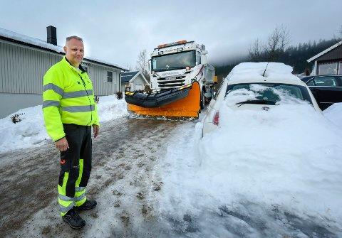 - Alt regnet skaper en krisemodus hos oss på veiavdelingen, sier driftsleder Stig Engelsjord. Arkivfoto: Øyvind Bratt