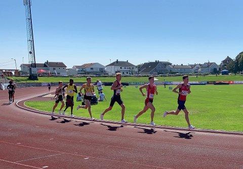 STERK MAGNUS: Magnus Tuv Myhre (i tet) tapte kampen om NM-gullet på 5.000 i Kristiansand med en drøy meter!