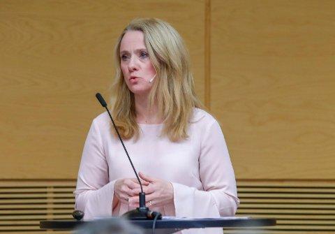 Oslo  20180303. Arbeidsminister Anniken Hauglie orienterer om ny pensjonsordning i offentlig sektor.  Foto: Terje Bendiksby / NTB scanpix