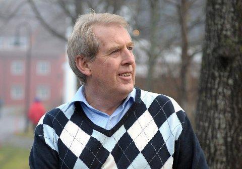 NY BOK: Forfatter Øystein Rismyhr er aktuell med sin fjerde bok i serien «Bygd og by i gamle dager». Den er ventet i butikken lørdag 10. november.