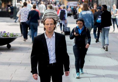 ADVARER: Jan Bøhler er mer bekymret enn noensinne for ungdoms- og gjengkriminaliteten i Oslo.