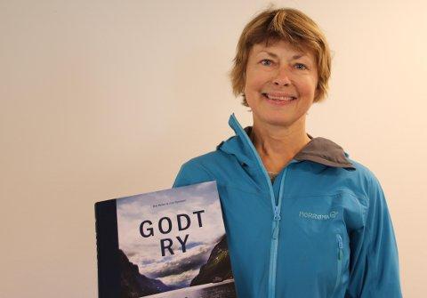 """NY BOK: """"Godt Ry"""" er navnet på boka som Lise Bjelland og Roy Høines gir ut."""