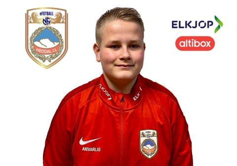 FIFASPILLER: Torgeir Ålykkja har spilt mange timer Fifa i sitt 15-årige liv. Nå representerer han Heddal IL i kvalifisering til NM i eFotball.