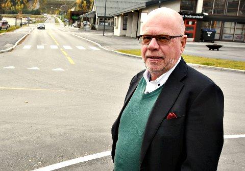 - Det er kommunens ansvar å definere hva som skal være sentrum. I dag er det for stort og for udefinert, sier Per Tore Teksum.