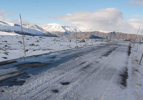 Åpen: Klokka 14.05 søndag åpnet fylkesveg 51 over Valdresflye for alminnelig ferdsel. Klokka 15.26 var den stengt igjen.