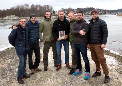KLAR FOR UTFORDRINGEN: Arne-Henrik Sandnes, polfarer Børge Ousland, Robert Kleiven, Freddy Bolle, Thomas Ruvang, Christian Hansen, Christian Vårum, jobber mot en stort utfordring.