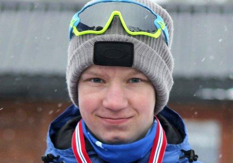 GÅR I KOLLEN: Håvard Såghus Winterkjær går mot landets beste 15- og 16-åringer i Holmenkollen.