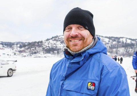 Ønsker forbud: Espen H. Henriksen (Venstre) vil gjøre noe lite for en stor sak: Lokalt forbud mot heliumballonger på 17. mai i Risør - for å redde miljøet.