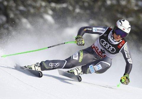 Ragnhild Mowinckel er blant favorittene i torsdagens VM-storslalåm i Åre.   (AP Photo/Alessandro Trovati)