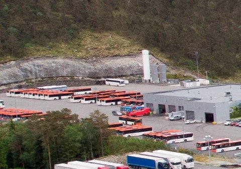 Ulykka skjedde i området ved Tides verksted i Åsane.