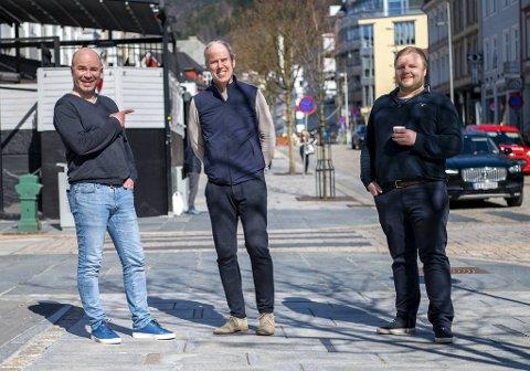 BAs Jan Gunnar Kolstad og Jonas Johnsen har denne uken dratt Rune Soltvedt inn til sentrum for å lage podkast.